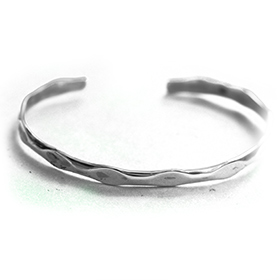 Plain Silver Bangle with pressed segments