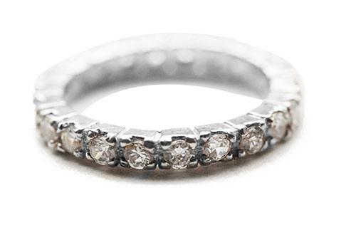 silver eternity ring with zircona