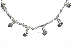 anklet with silver balls