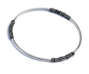 silver bangle in bali design
