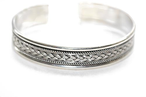 detailed braiding wrapped around bangle