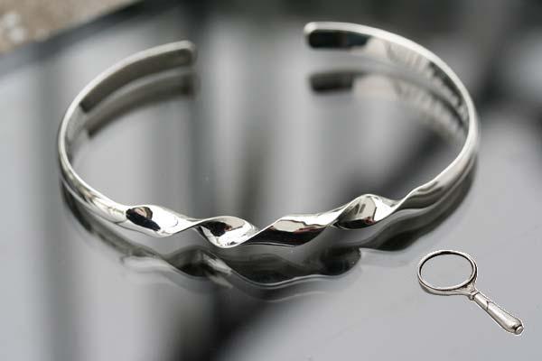 twisted cuff bangle