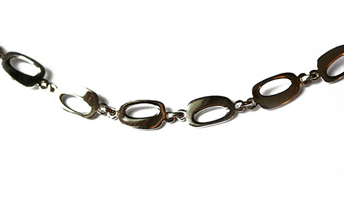 bracelet made from oval shpes of silver
