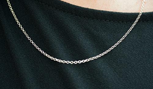 Silver lightweight round link Chain