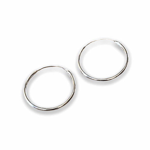 plain sterling silver hoop earring with a 18mm diameter.