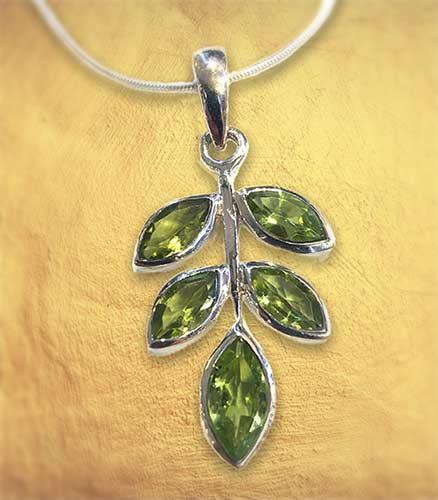 peridot silver necklace