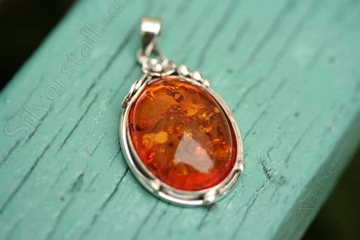 pendant poland amber from c teardrop oskar necklaces